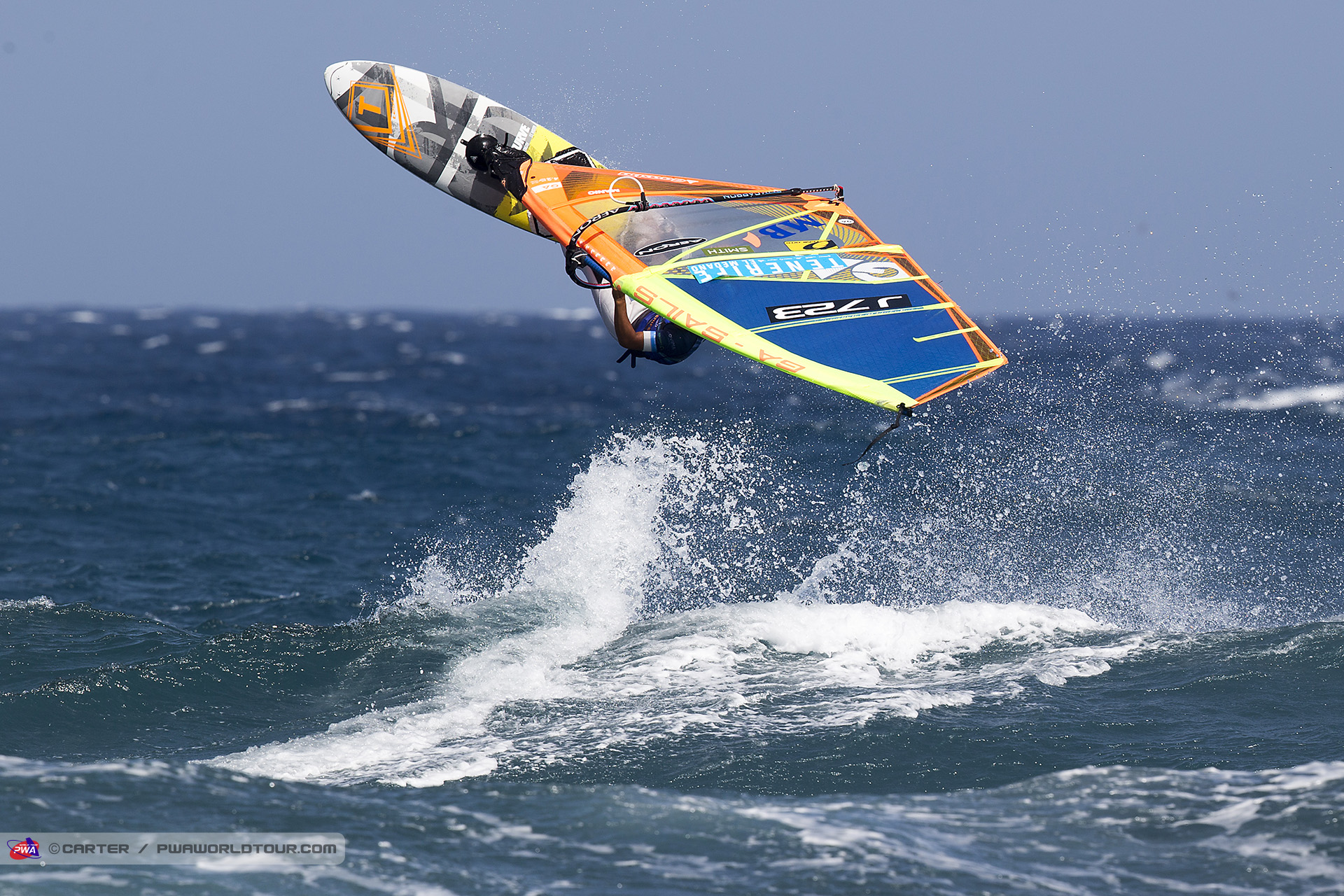 windsurfing mag 匠真tenerife記事 marine blue
